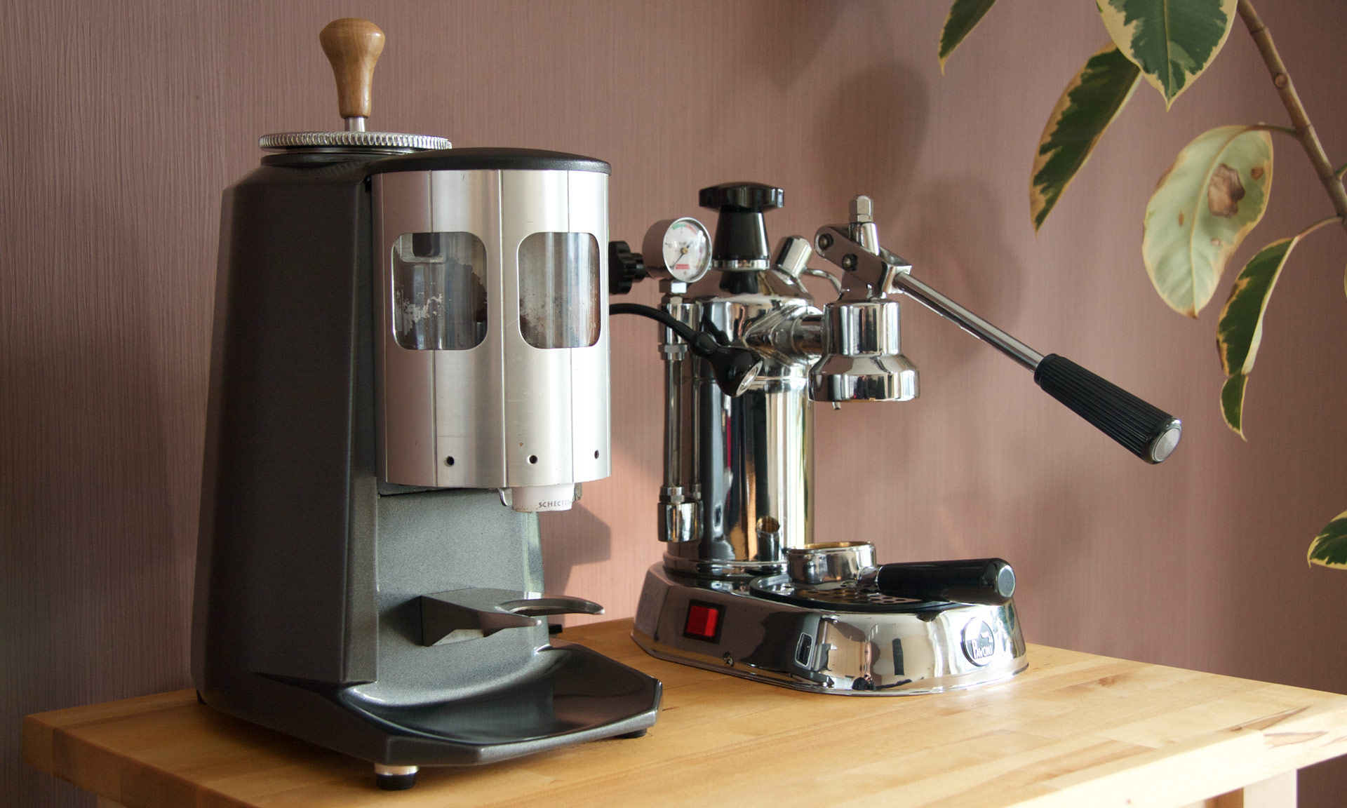 Restoring a used and abused Mazzer Super Jolly