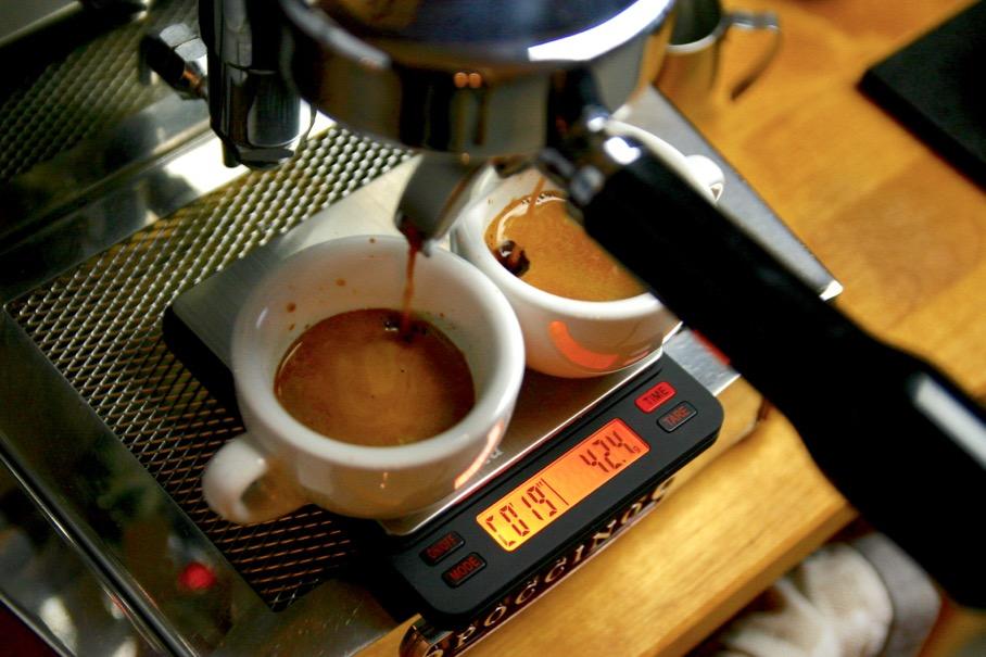 Brewista Smart Scale 2 espresso cups